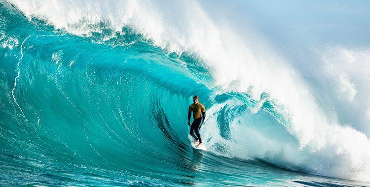 O Circuito Mundial de Surfe tem programação para retornar ainda esse ano